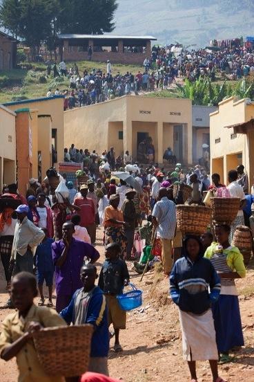Afrikas Landwirtschaft: Treiben im Dorf