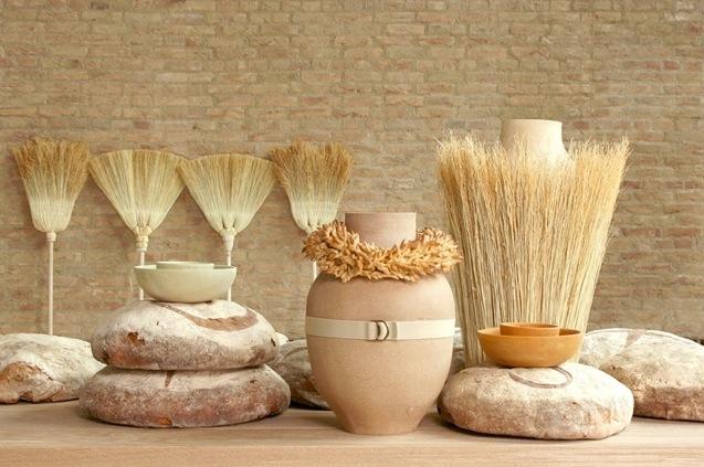 ueberland02.formafantasma Vasen aus Getreide und Bio Abfällen