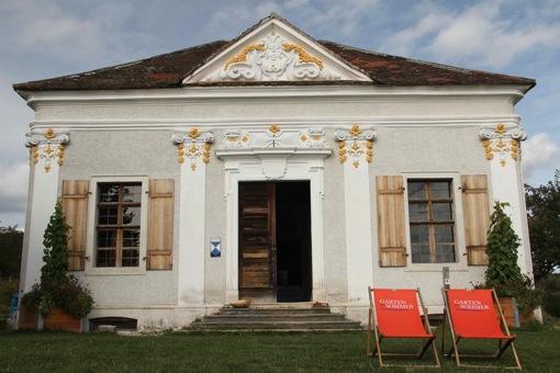 ueberland.14.lusthaus