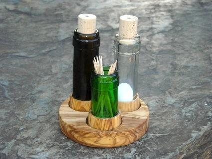 Weinflasche Salz und Pfeffer