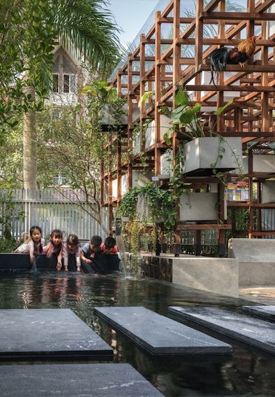 Farming Architects aquaponic Hanoi Vac Bibliothek